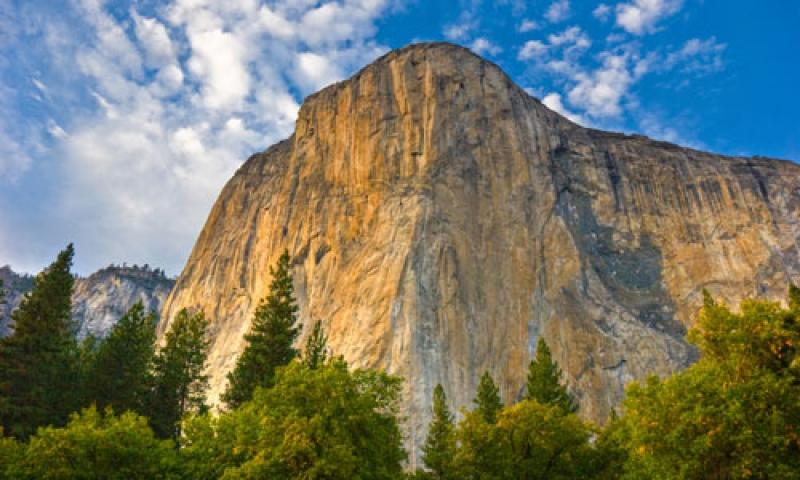 Yosemite Park Mountains