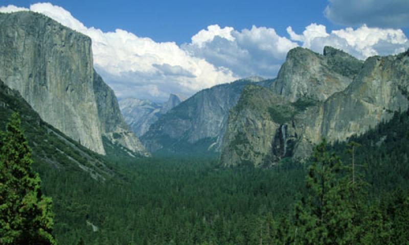 Wawona Tunnel Yosemite National Park